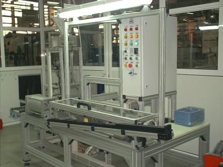 automatic-assembly-station